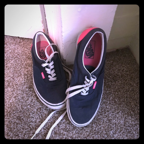 coupon code novel style great quality Navy and pink vans